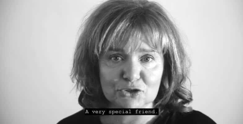 Ελευθέρωσε τον φίλο σου: Τηλεοπτικό σποτ από καλλιτέχνες για την κατάργηση της αιχμαλωσίας των κητωδών / Free your friend: TV spot by artists for the abolishment of the captivity of cetaceans