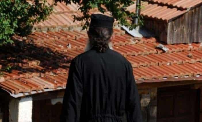 Σε συνεργασία του Δήμου Ηρακλείου με την Αρχιεπισκοπή Κρήτης  εκδόθηκε εγκύκλιος της Αρχιεπίσκοπής σχετικά με την καλλιεργεια της Αγαπης & της Φροντιδας προς τα ζωα.