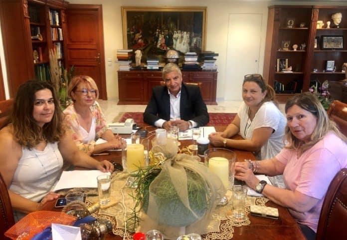 Η ΠΦΠΟ συναντάται με τον νεο Περιφερειάρχη Αττικής  κ. Πατούλη / Meeting of the new-elected Attica District Commissioner Giorgos Patoulis with PFPO's representatives